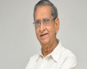Megastar Deep Condolences to Gollapudi's Death