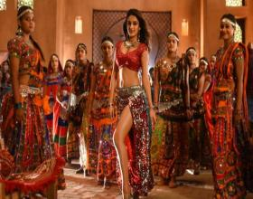 Nidhhi Agerwal's Special Song in 'iSmart Shankar'