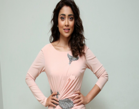 Shriya Saran Roped For RRR?