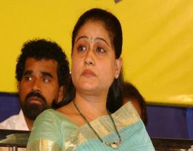 Vijayashanti Confirms Her Comeback