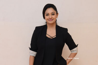 Pooja Kumar At Brahmaramba Theatre For PSV Garuda Vega