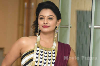 Pooja Kumar at PSV GV Success Meet