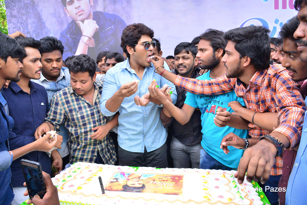 allu-sirish-birthday-celebrations-by-fans