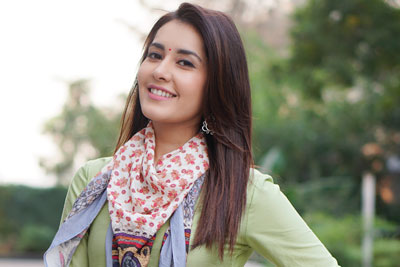 Raashi Khanna Newest Stills