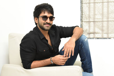 aadhi-pinnisetty-interview-stills-for-you-turn
