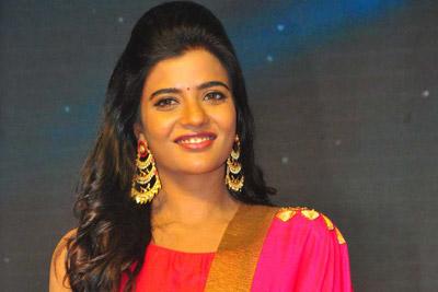 aishwarya-rajesh-stills-at-lakshmi-movie-audio-launch