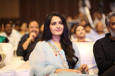 Anushka Shetty at HIT Movie Pre Release Event
