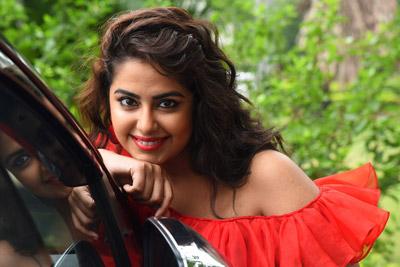 avika-ghor-at-raju-gari-gadi-2-movie-pre-release-event