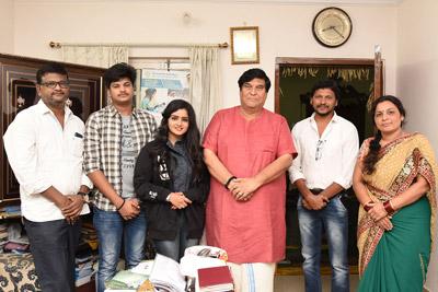 bangari-balaraju-team-meet-kv-ramana-chary