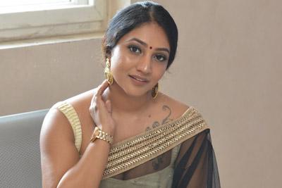 bommu-lakshmi-at-90ml-idhi-chala-thakkuva-movie-audio-launch