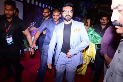 celebrities-at-zee-cine-awards-2018-red-carpet-event