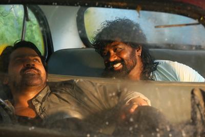 Deshamlo Dongalu Paddaru Movie Stills