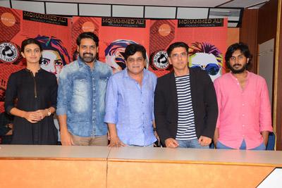 Deshamlo Dongalu Paddaru Team Pressmeet