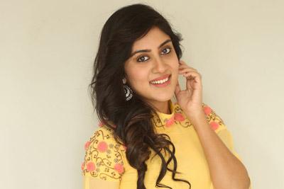 dhanya-balakrishna-at-anukunnadhi-okkati-ayyindhi-okkati-movie-team-pressmeet