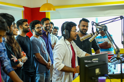 Ee Nagaraniki Emaindhi Movie Team At Radio Mirchi