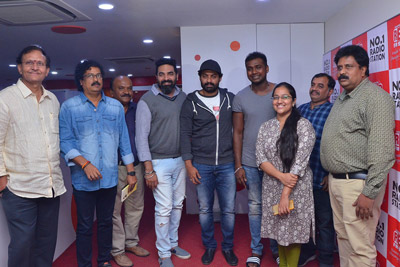 entha-manchivadavuraa-movie-team-song-launch-at-red-fm