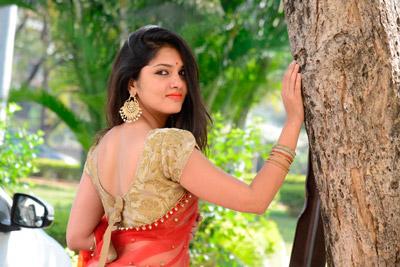 Gayathri Suresh at Hero Heroine Movie Teaser Launch Event
