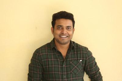 Getup Srinu Stills at Interview About 3 Monkeys
