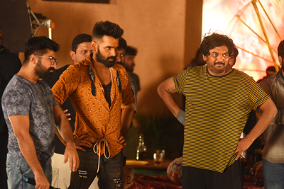 ismart-shankar-working-stills
