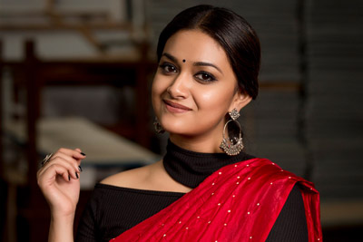 keerthy-suresh-stills-in-red-saree