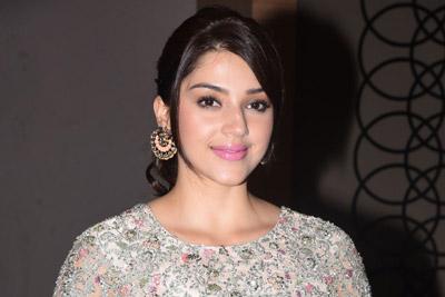 Mehreen at Chanakya Movie Trailer Launch Event