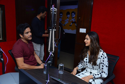 nagarjuna-and-rakul-preet-singh-at-red-fm-from-manmadhudu-2
