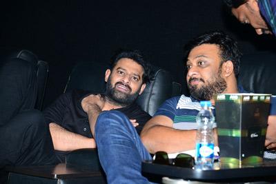 prabhas-watching-saaho-with-fans-at-amb-cinemas