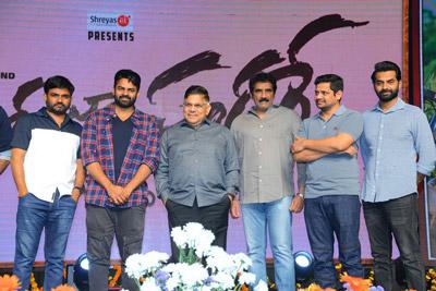 Prati Roju Pandage Movie Vijayotthsavam Stills