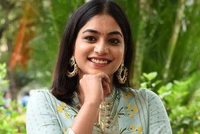 punarnavi-bhupalam-stills-at-endhuko-emo-pressmet