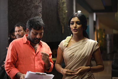 raagala-24-gantallo-movie-team-working-stills