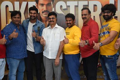raakshasudu-team-success-celebration