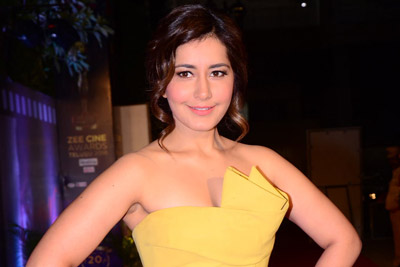 Raashi Khanna at Zee Cine Awards 2018 Red Carpet Event