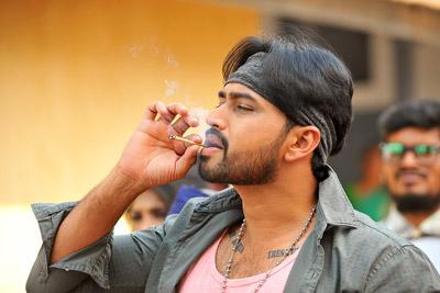 sakalakala-vallabhudu-movie-latest-stills