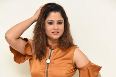 Shilpa Chakravarthy at Petta Movie Pre Release Event