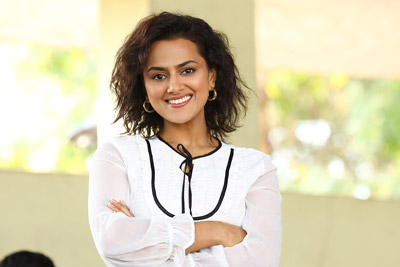 shraddha-srinath-stills-from-jersey