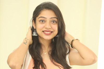 Varsha Bollamma Stills At Interview About Chusi Chudagane