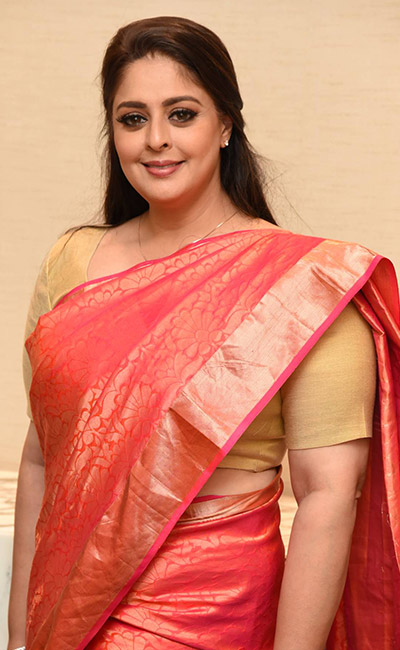 nagma-at-tsr-film-awards-2019-jury-members-pressmeet