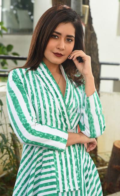 i-became-thin-for-venky-mama-rashi-khanna