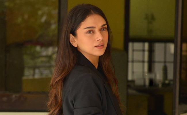 adithi-rao-hydari-interview-about-antariksham-movie