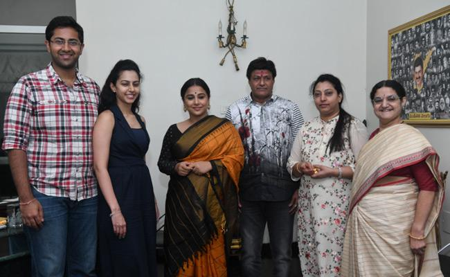 ntr-family-welcomes-vidyabalan
