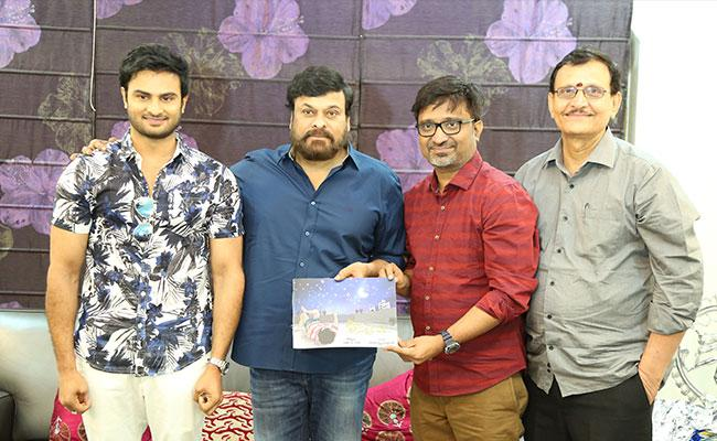 sammohanam-team-celebrates-success-with-megastar-chiranjeevi