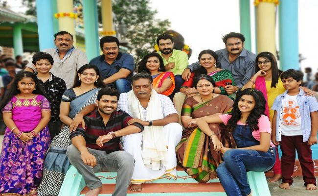 Chiranjeevi is a special guest- Sathamanam Bhavati success meet!