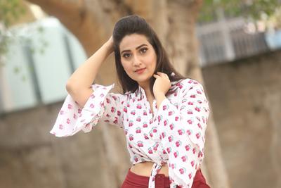 manjusha-at-tenali-ramakrishna-ba-bl-teaser-launch