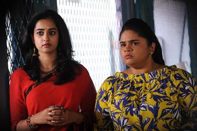 nanditha-and-vidyullekha-raman-stills-from-viswamitra