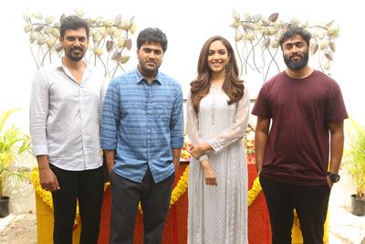 sharwa-and-ritu-varma-new-movie-opening