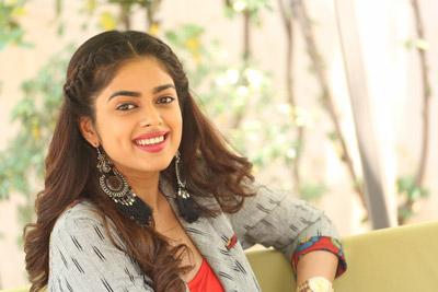 Siddhi Idhnani Interview About Prema Kadha Chitram 2